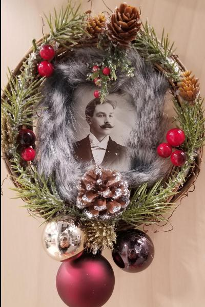 Mustached Gentleman Mini Wreath