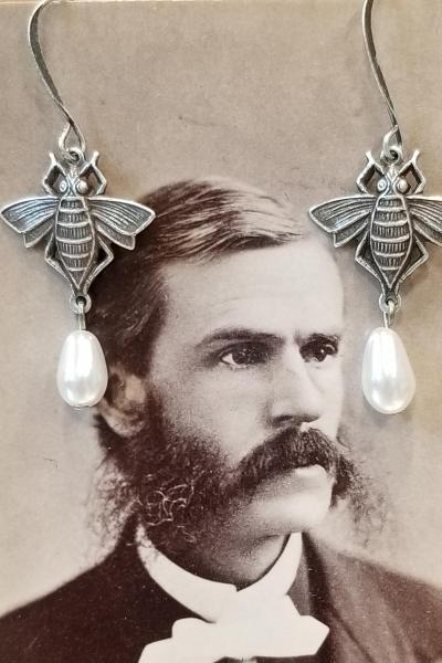 Bee and Pearl Earrings