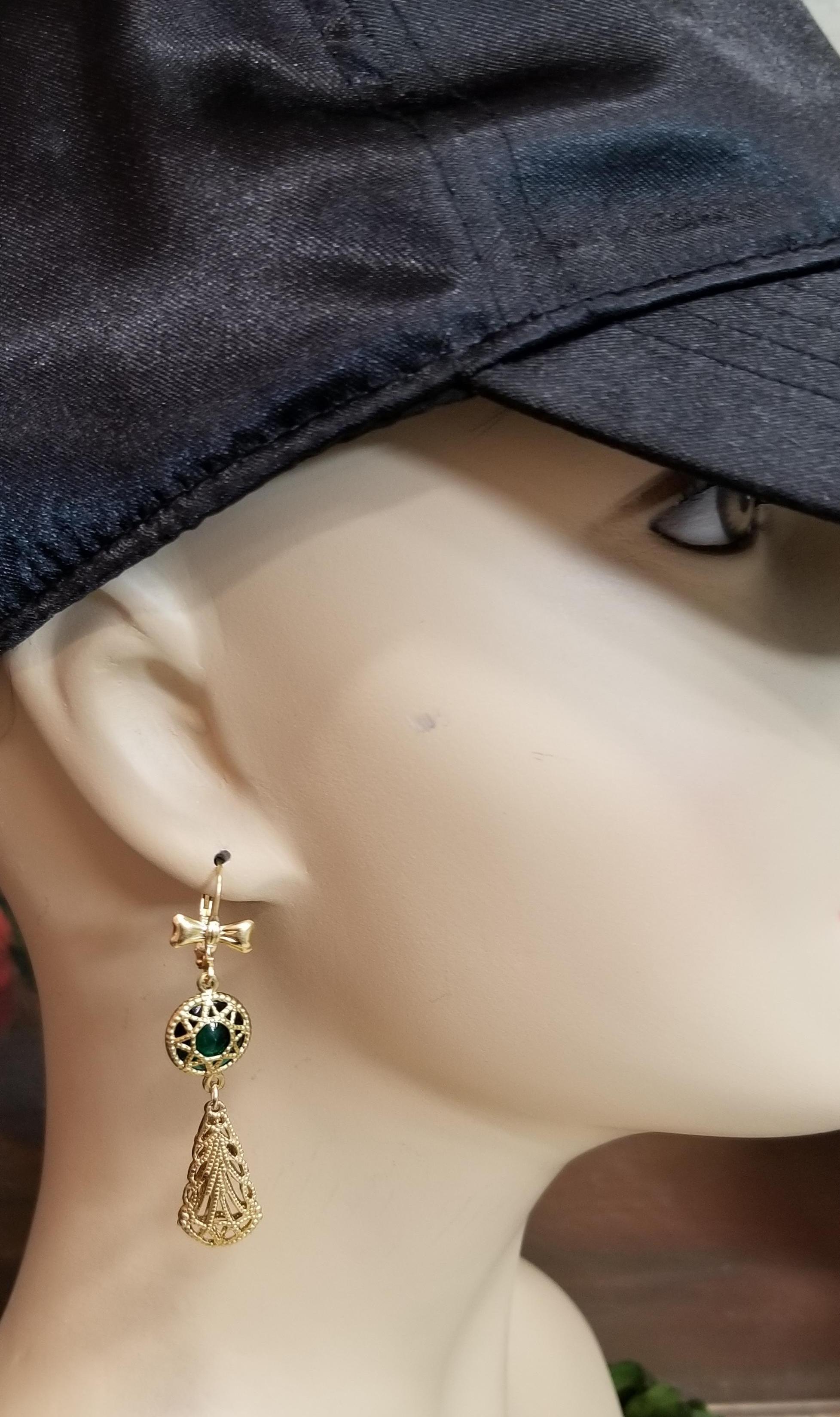 Star Filigree Drop Earrings