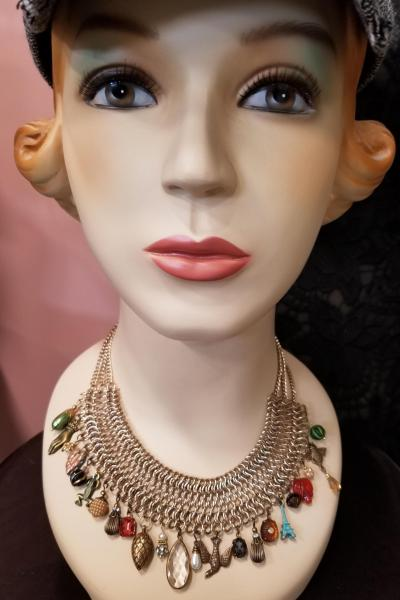 Victorian Charming Chainmaille Necklace