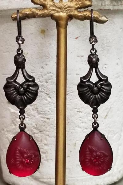 Scarlet O'Hara Earrings