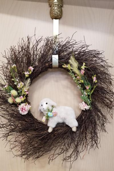 Spring Lamb Wreath