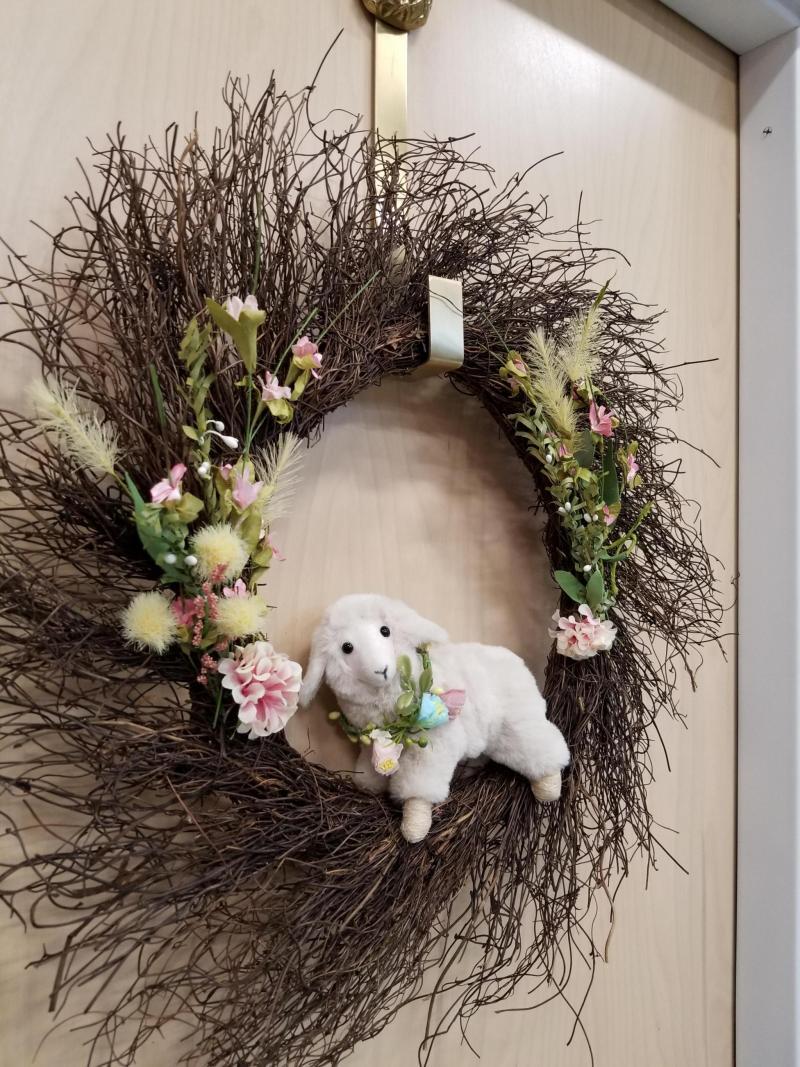 Spring Lamb Wreath